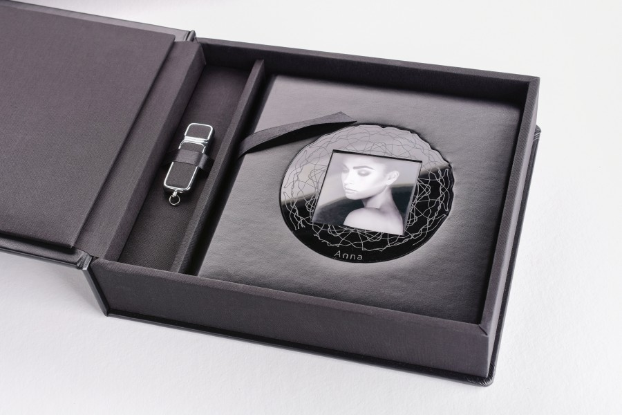 Professional wedding album with Acrylic Plated Cover and USB box