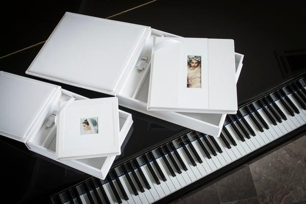 White Lady Album Set