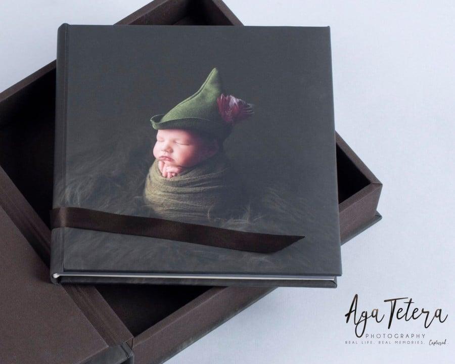 Newborn lay-flat, professional photo album