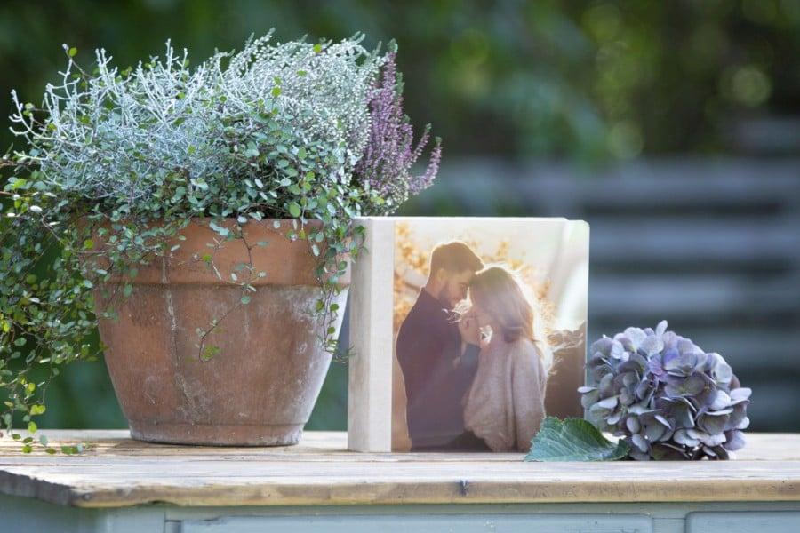nPhoto Outdoor Folio Box 02