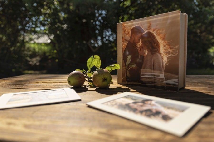 nPhoto Outdoor Folio Box 05