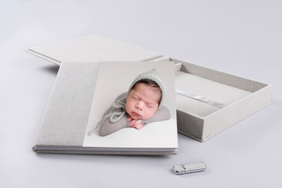 Complete Set Photo Album with USB drive - Acrylic Prestige Collection - Professional Photo Print by nPhoto - Artwork by Ana Brandt Photography