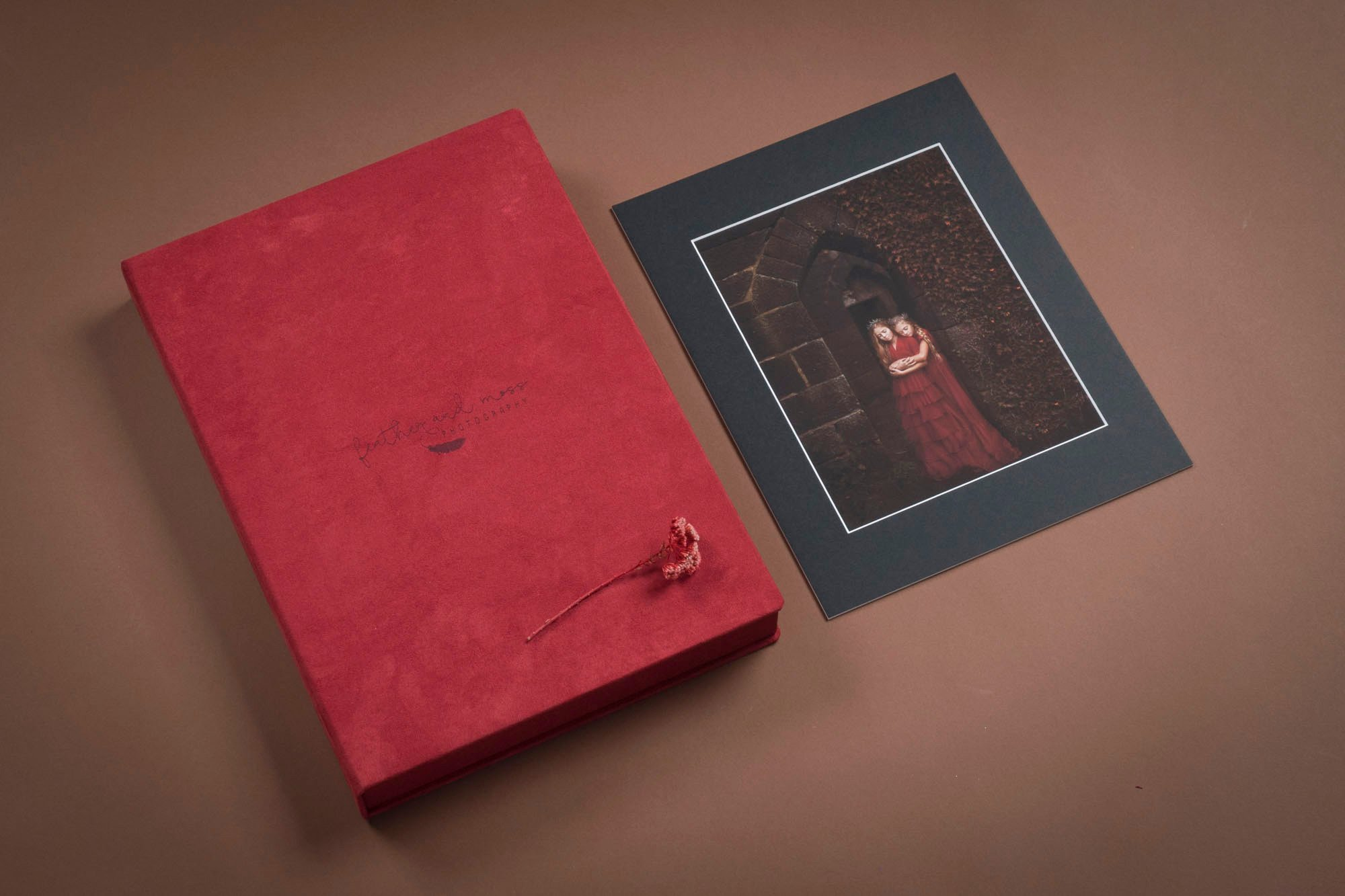 Folio Box in Red Velvet