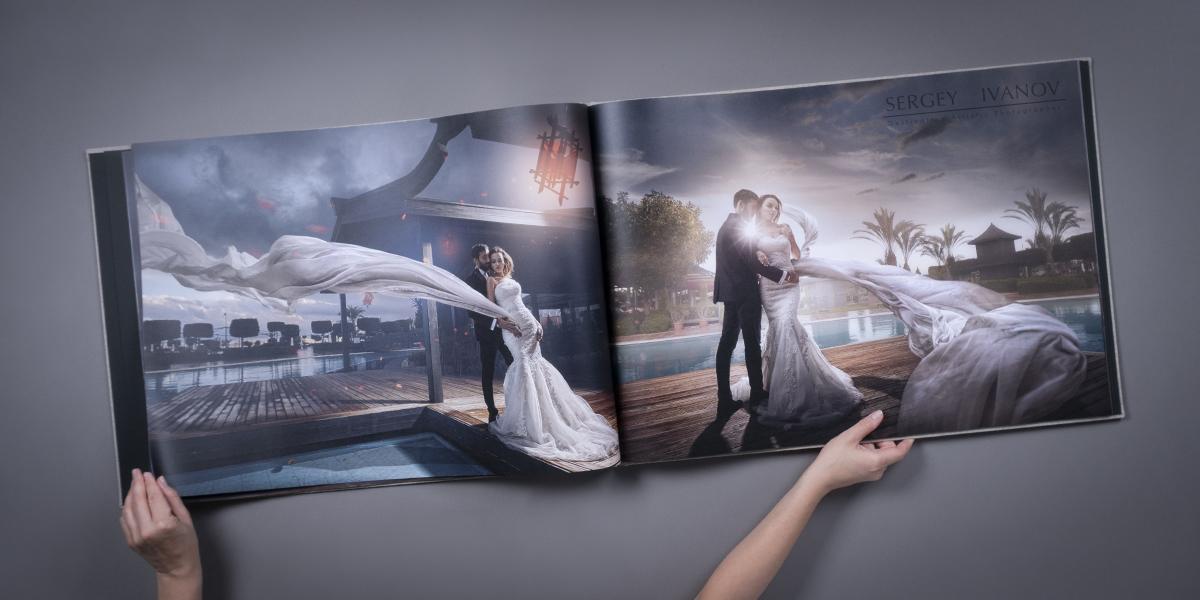 Impresive Grand Gallery Photo Book Spread