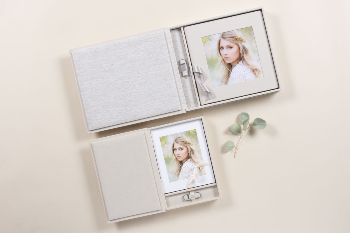 Professional Senior pictures in a Folio Box