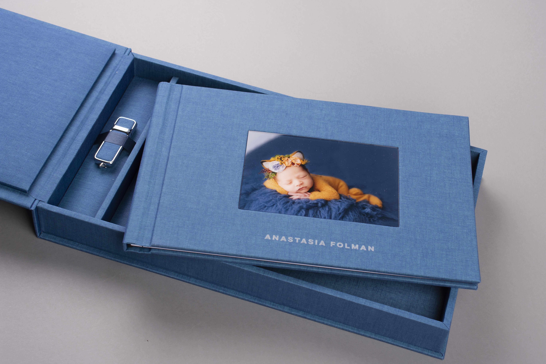 Newborn photography in professional album set with USB