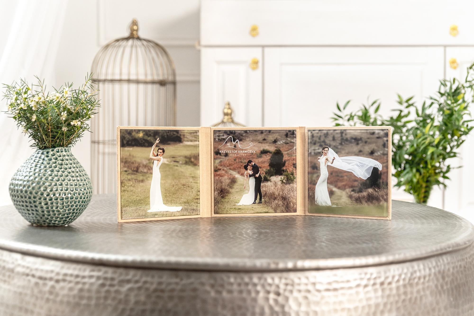 wedding photo book in acrylic