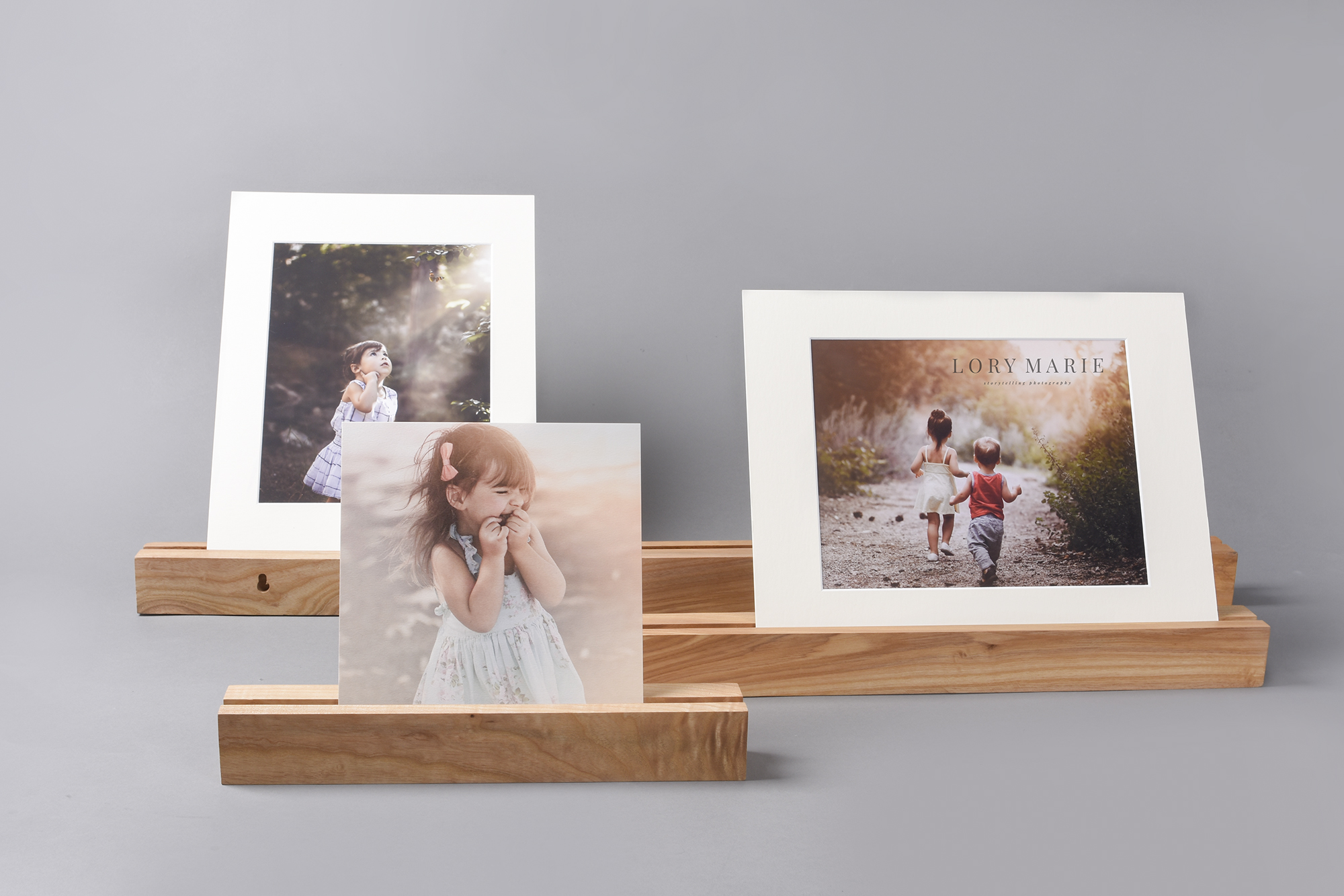 Wooden profesional photography display pieces